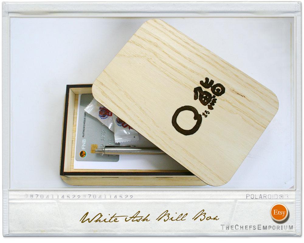 Wooden bill presentation box